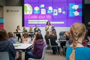Coden daten diskutieren Microsoft macht Mädchen am Girls Day zu IT-Girls